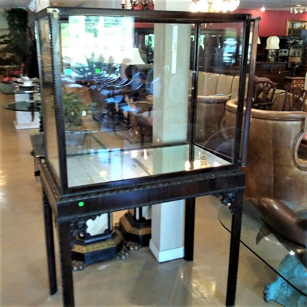 English Chinese Chippendale Cabinet. - 3
