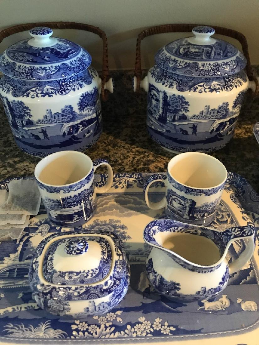 8 Pieces Of Italian Spode China. - 3