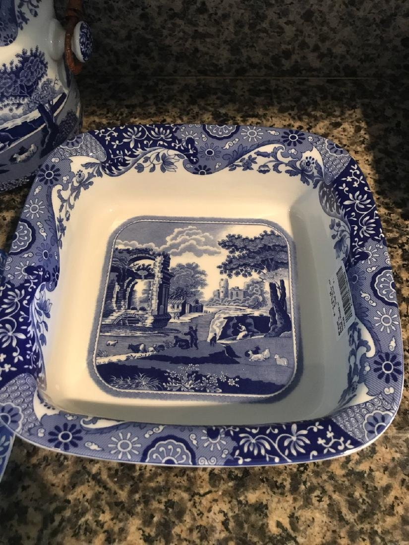 8 Pieces Of Italian Spode China. - 4