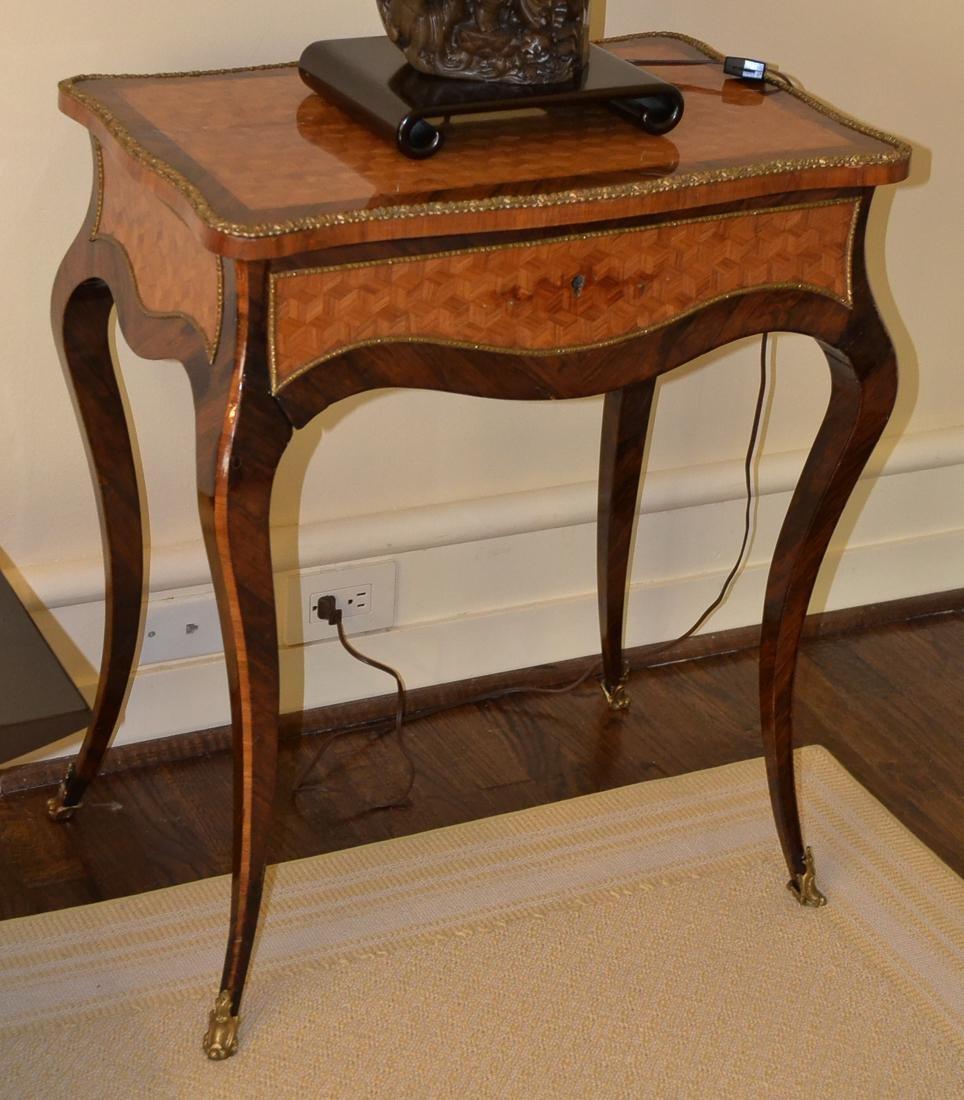 Louis XV Ladies Vanity Table.