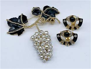 Valentino Grapes Brooch And Earrings