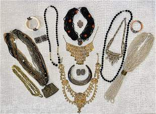 Lot Of Indonesian Jewelry