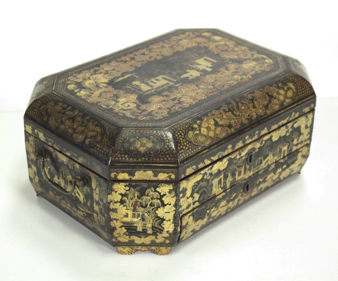 Oriental Black Lacquer & Gold Trinket Box
