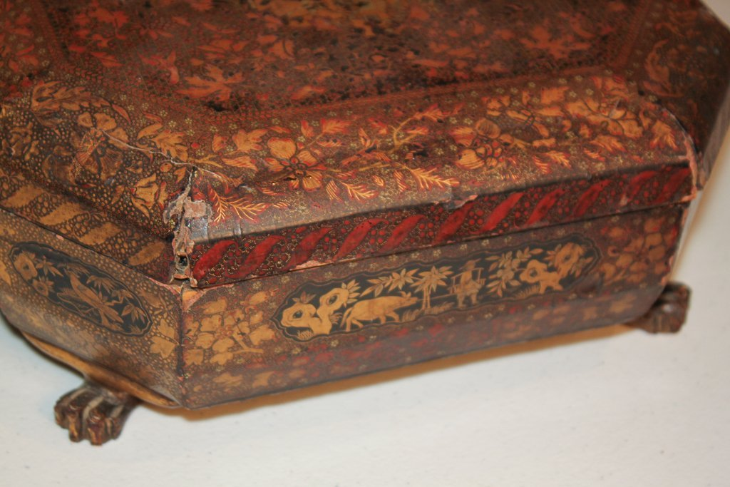 19th Century English Lacquered Tea Caddy - 5