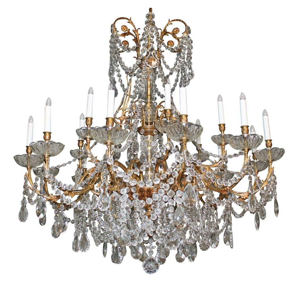 Fine 18-light Italian Chandelier