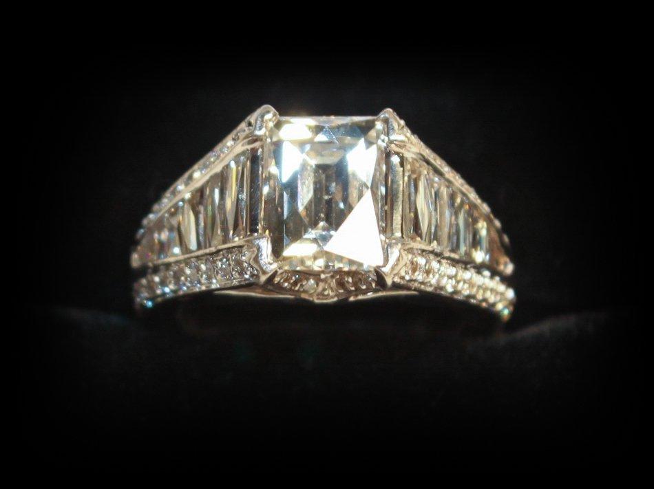 2.50ct Tycoon-cut Diamond, G-h, Color, Vs2
