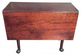 An Early 19th C. English Drop Leaf Table