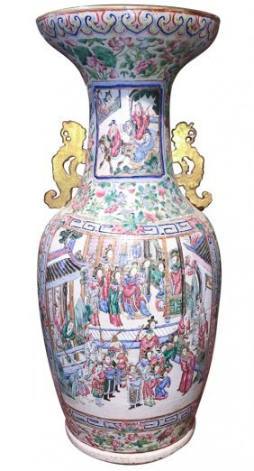 Large 19th C. Chinese Rose Medallion Vase