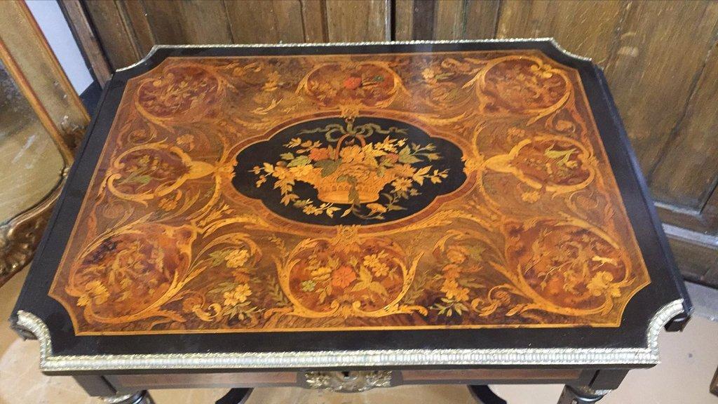 French Napoleon Iii Dropleaf Side Table - 2