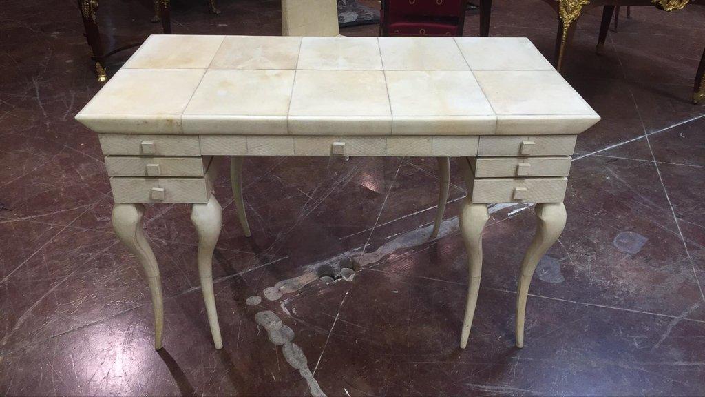 Skin Desk, Modern Style, By R And Y Augousti - 2