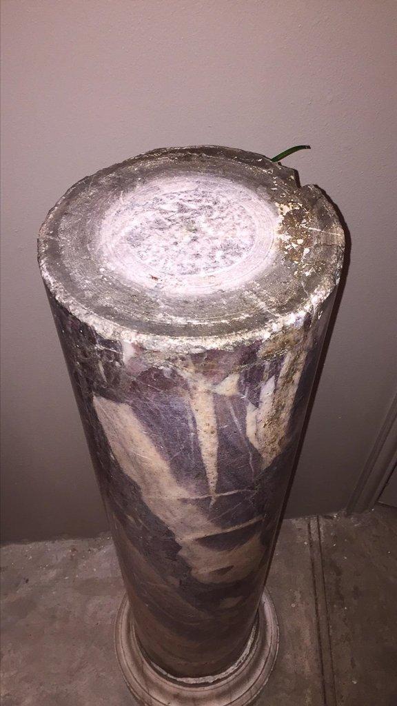 Rare 18th C. Marble Column Pedestal - 2