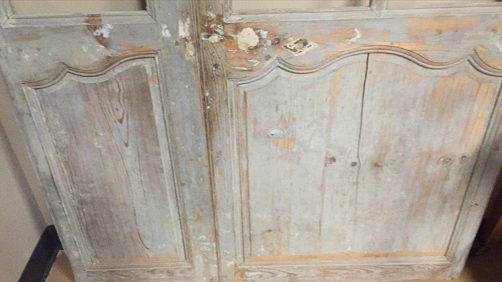 19th-century Antique French Pine Paneled Door - 5