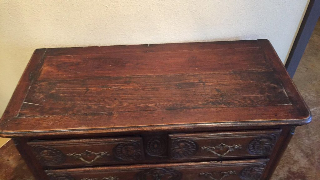 18th/19h C. French Carved Oak Commode - 3