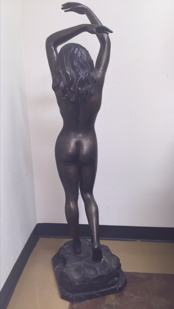 Large Bronze Sculpture Of Nude Lady, 53 Inches - 3