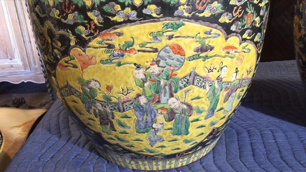 Great Pair Of Oriental Porcelain Jardineres - 2