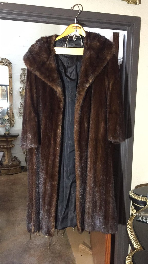 Full Length Mink Coat Good Condition - 2