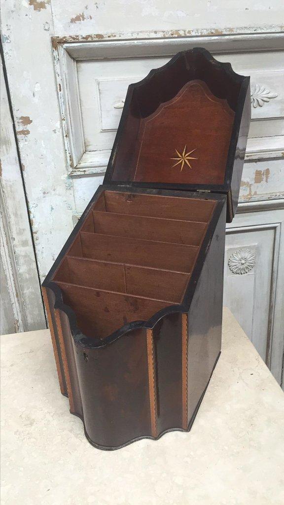 18th-century Georgian Knife Box - 3