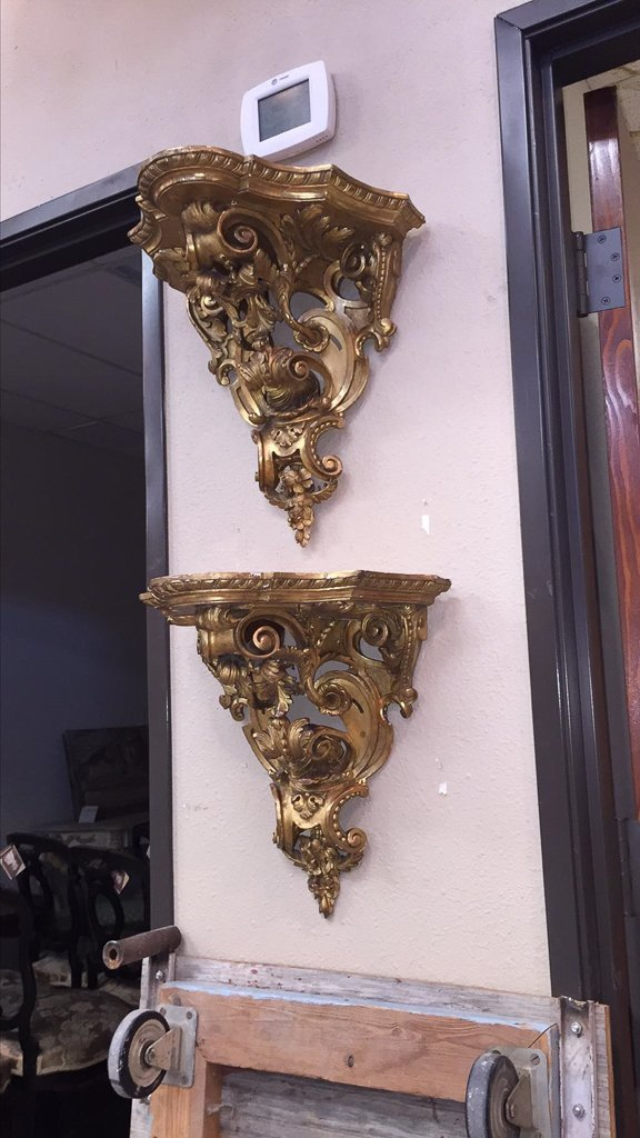 Nice Pair Of French Gilt Wood Wall Brackets - 2