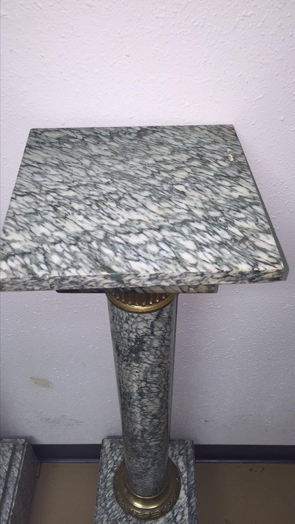 Find A Pair Of Exotic French Marble Pedestals - 2