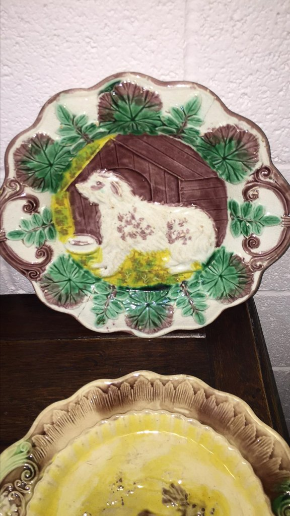 Group Of 4 Majoilca Plates With Dogs & Deer - 2