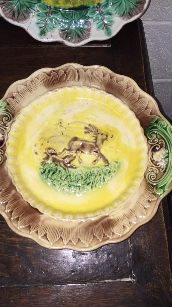 Group Of 4 Majoilca Plates With Dogs & Deer - 3