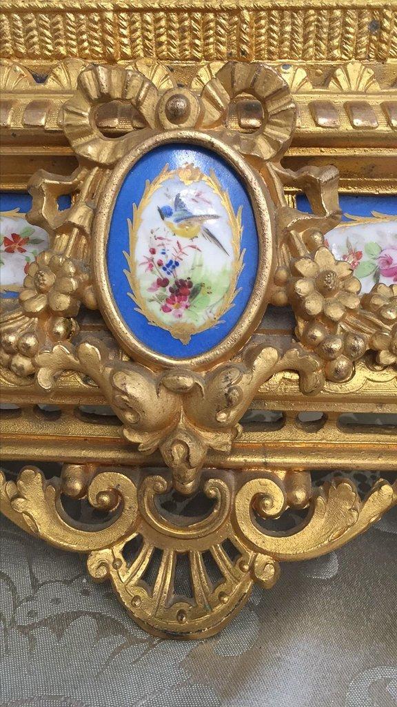 19th C French Gilt Metal Mantel Clock - 2