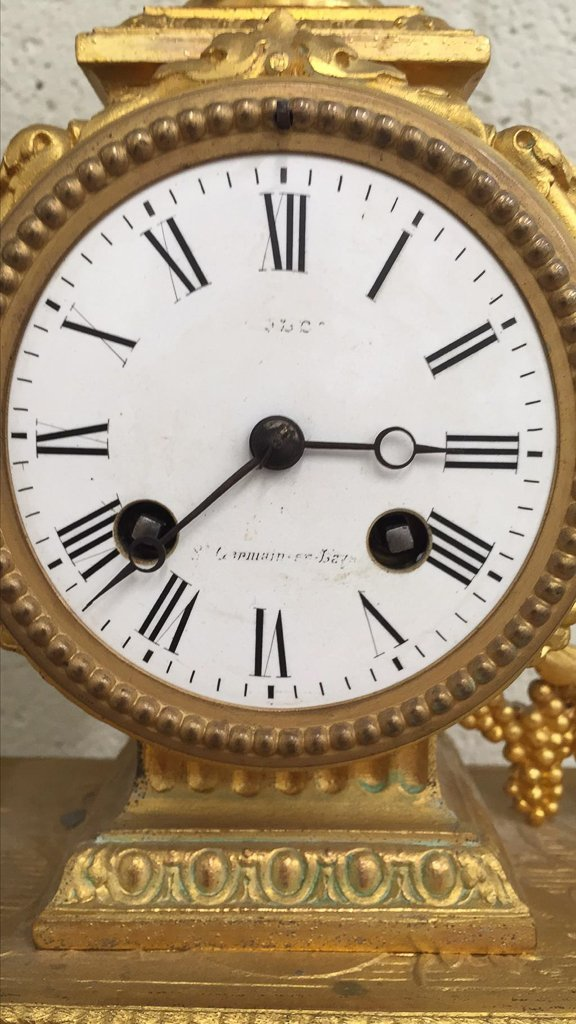 19th C French Gilt Metal Mantel Clock - 4