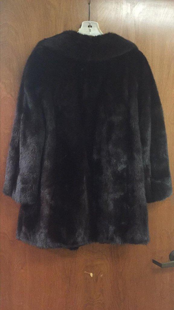 Nieman Marcus 3/4 Length Mink Coat, Excellent - 3