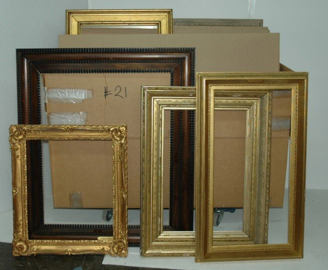 21: Group Lot - Group of 13 frames