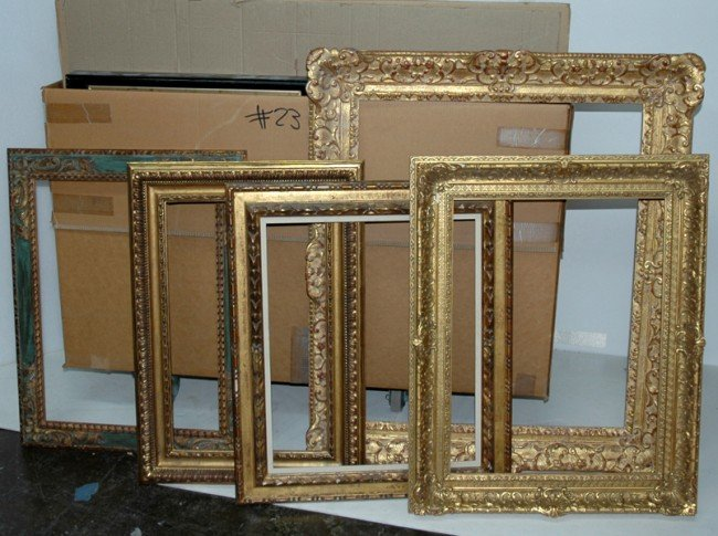 23: Group Lot - Group of 15 frames