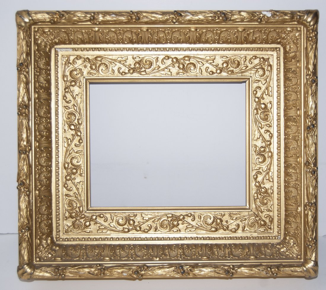 Hudson River ogee cove with flat panel frame