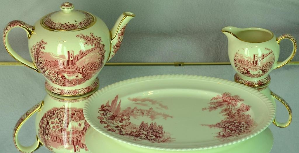 20: 3pc Transfer Red Tea set