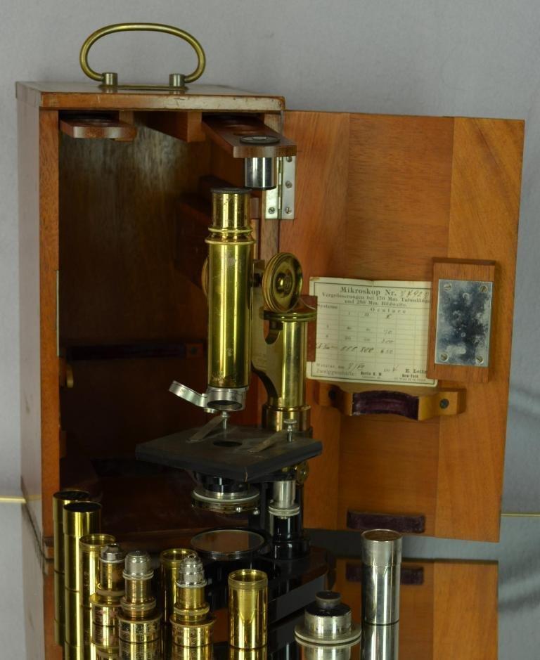 55: E. Leitz-Wetzlar Scientific Brass microscope