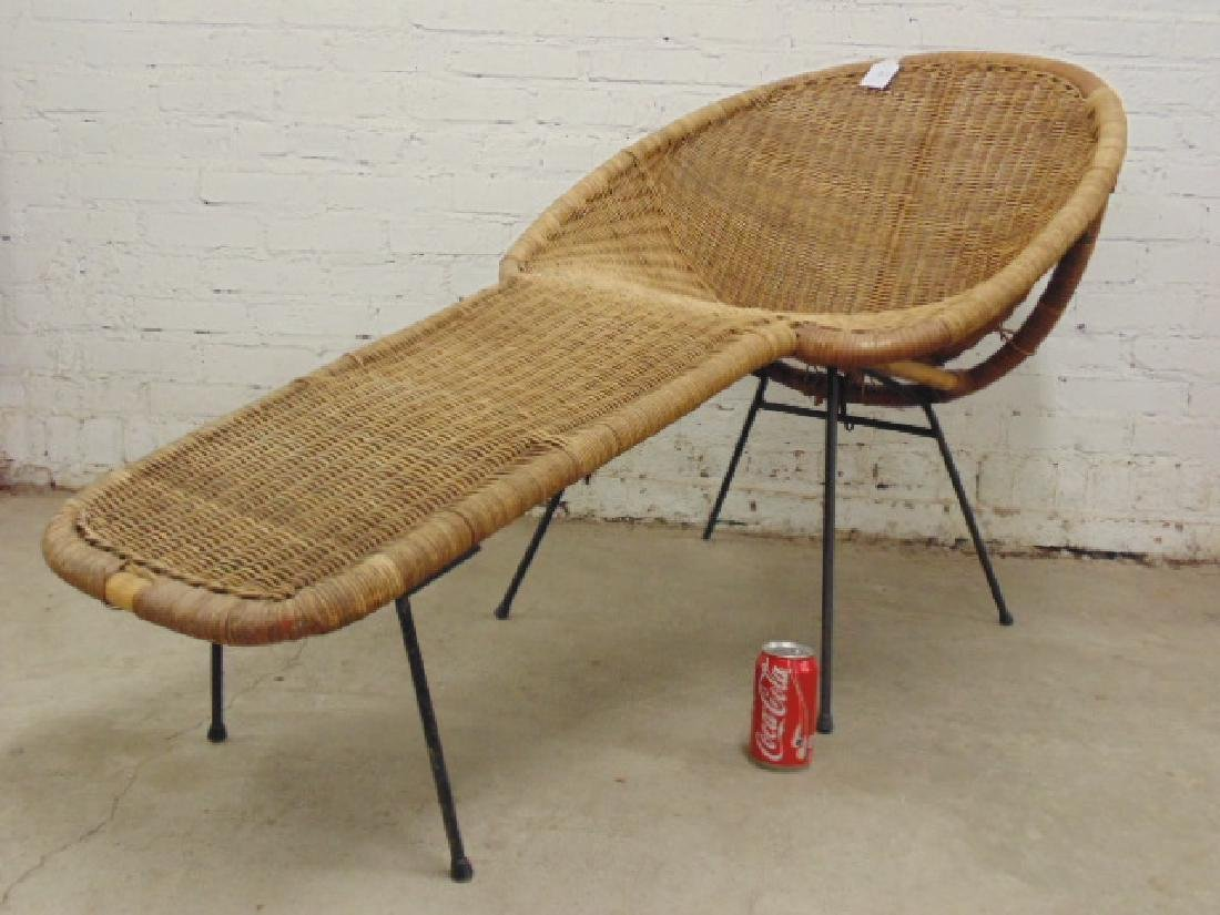 Cal-Asia wicker chaise lounge