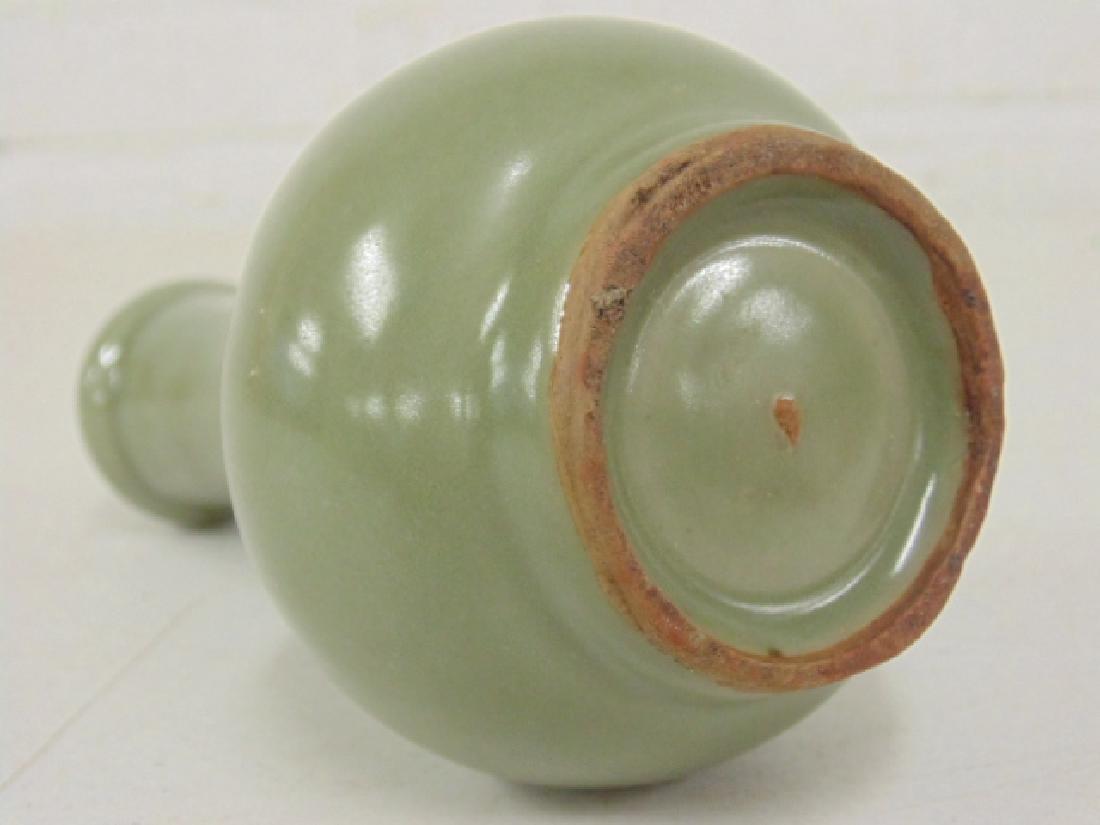 Chinese celadon vase - 5