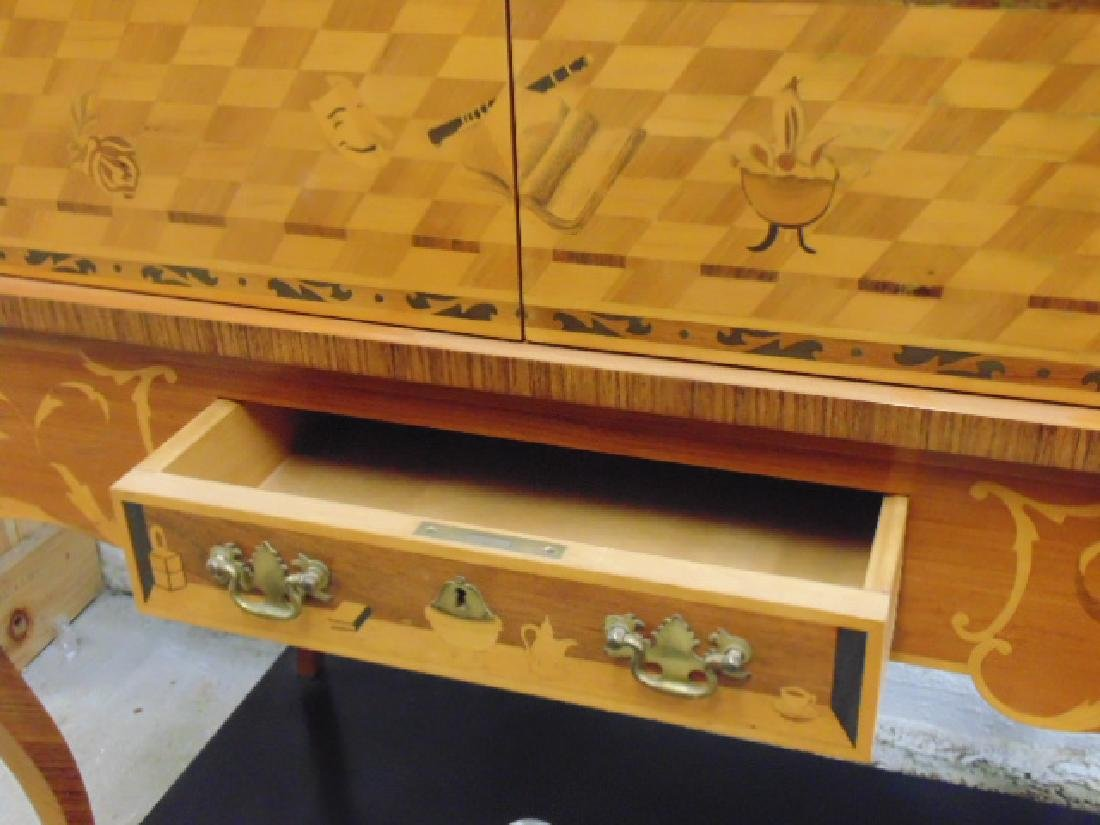 Inlaid German cabinet by Hans Reul 20th century - 7