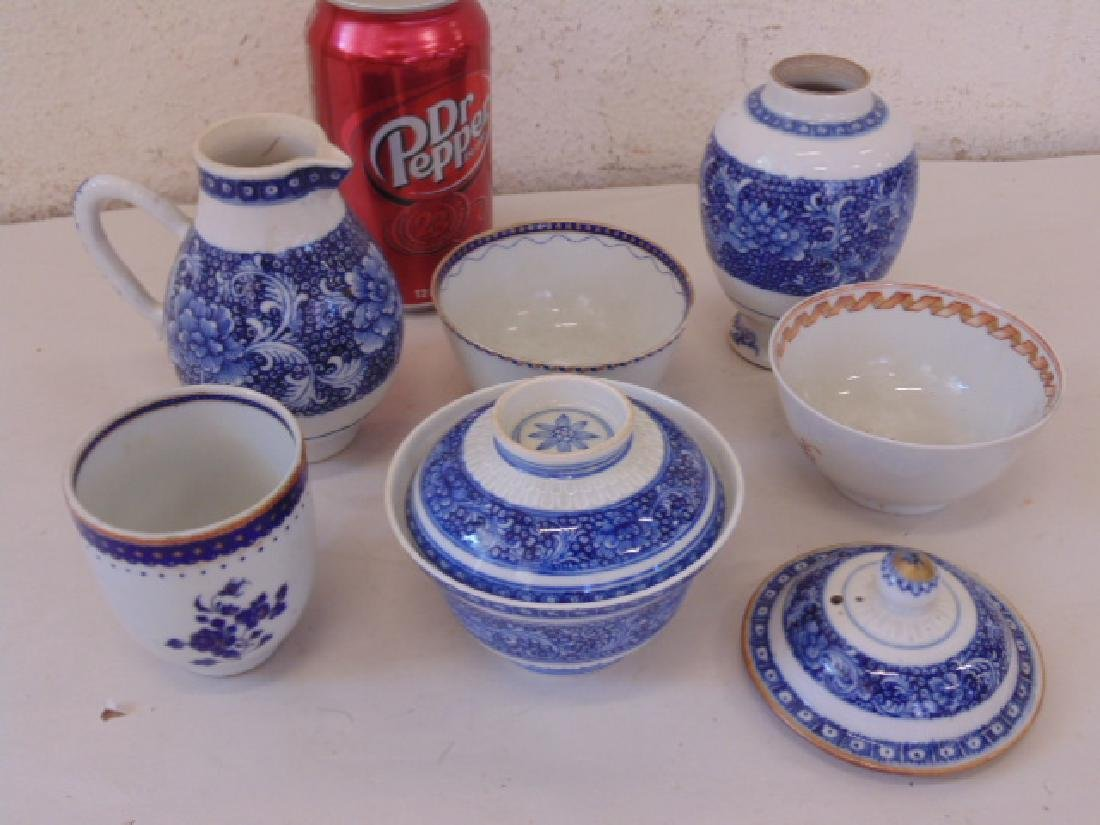 Lot export Chine porcelain, 4 cups, creamer