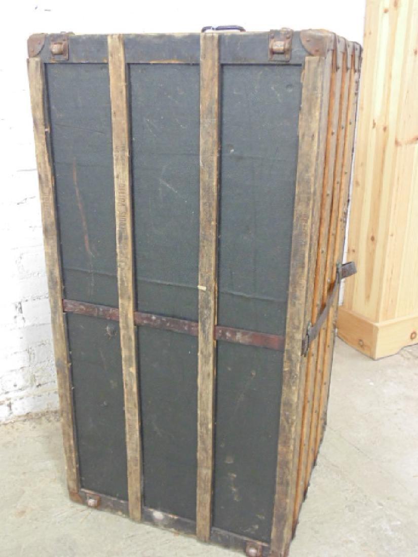Louis Vuitton trunk, iron handles - 10