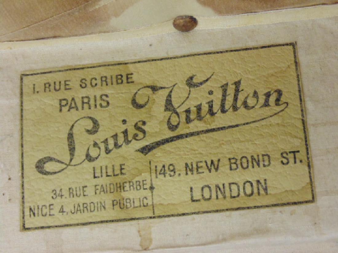 Louis Vuitton trunk, iron handles - 7