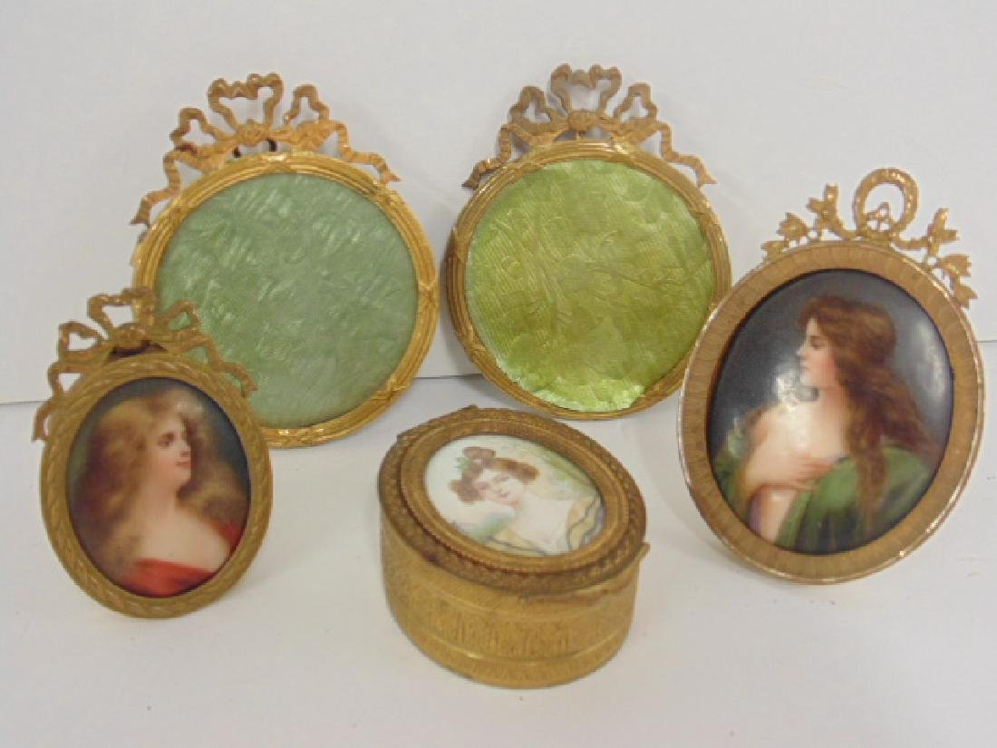 2 miniature portraits, box with portrait,bronze frames