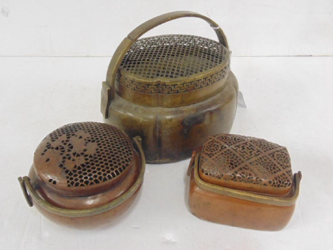 Lot 3 antique copper Chinese hand warmers - 2