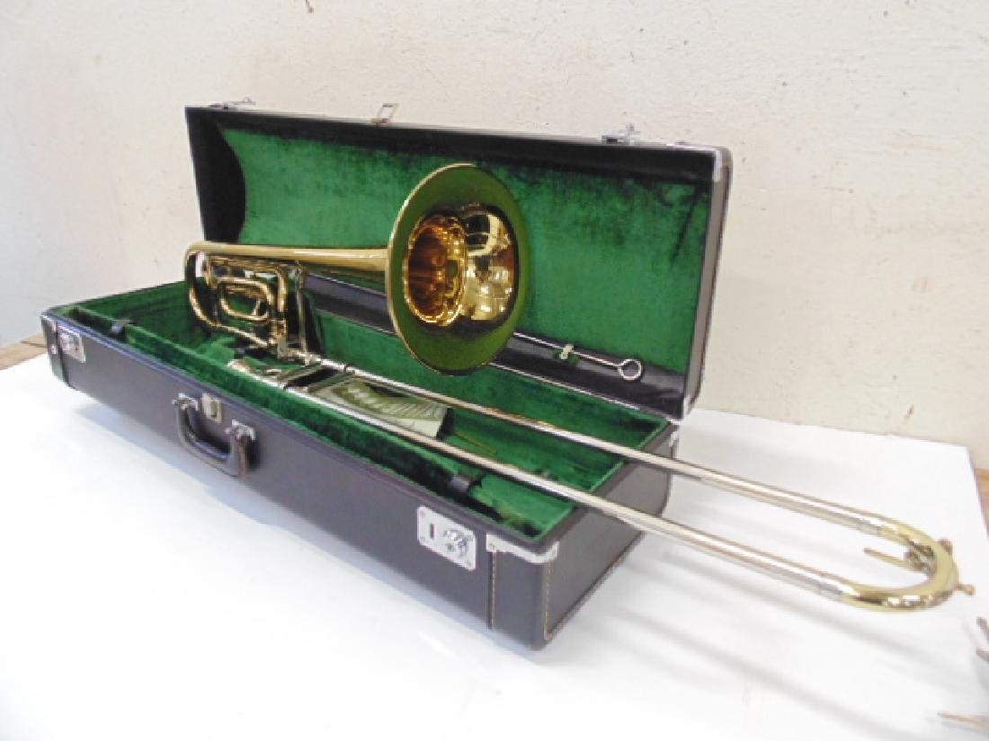King brass trombone in case
