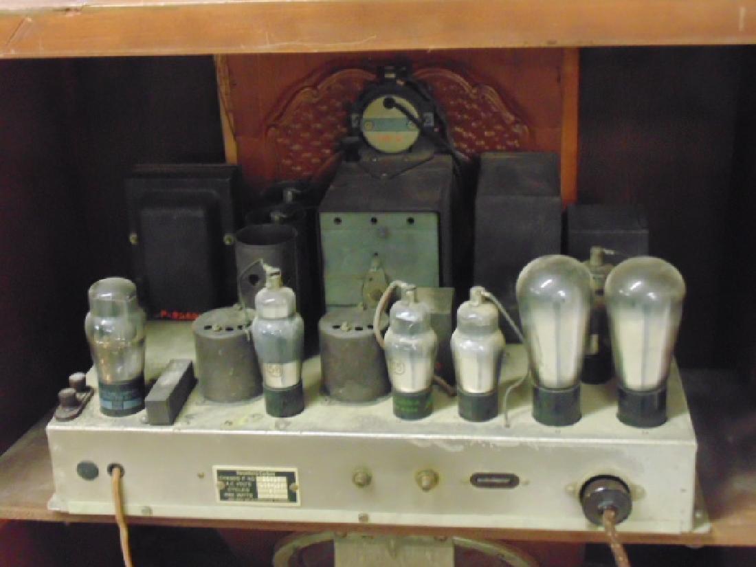 Stromberg & Carlson standing console radio - 6