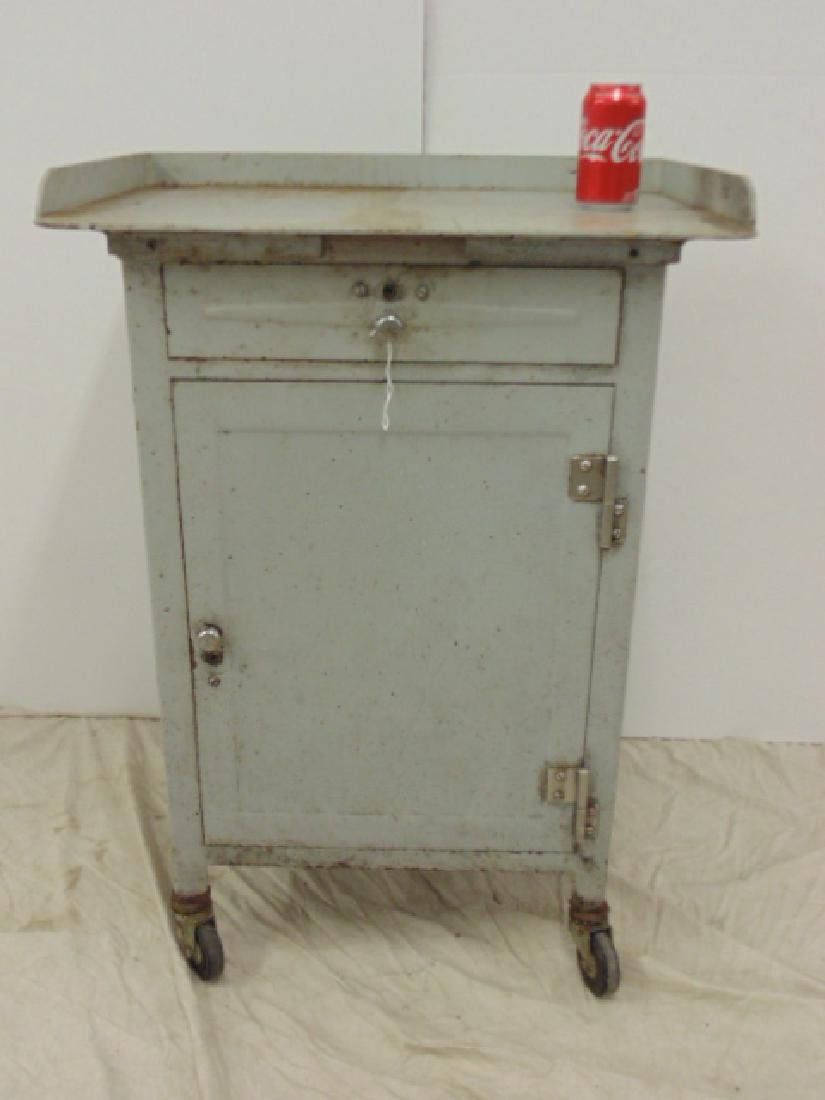 Industrial steel single door & drawer rolling cart