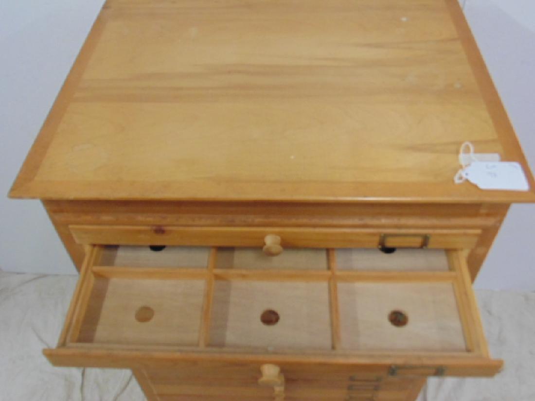 Maple file, specimen cabinet, cabinet has 18 drawers - 4