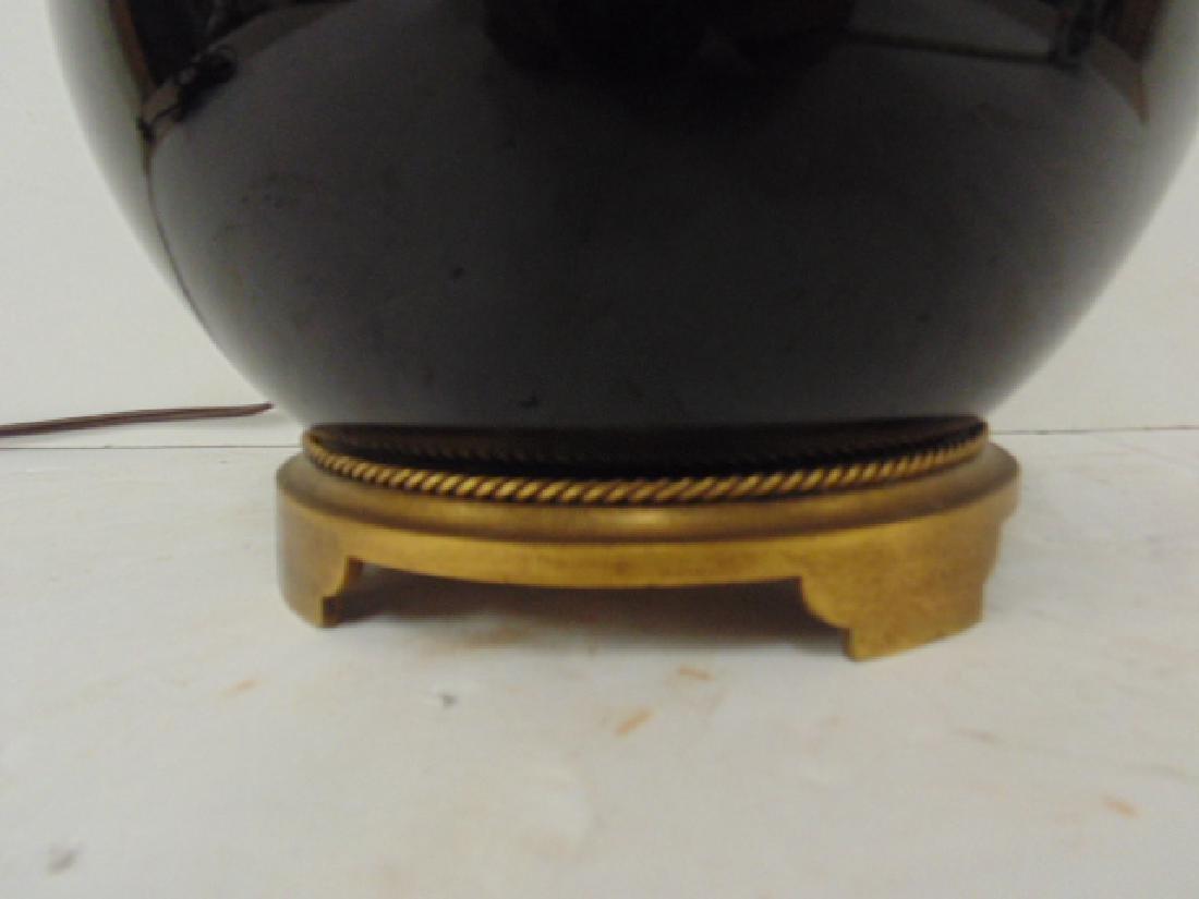 Black glass table lamp with gilt metal trim base - 3