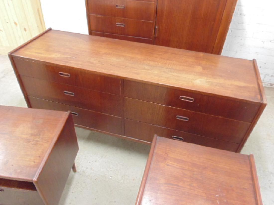 Mid Century rosewood bedroom set - 2