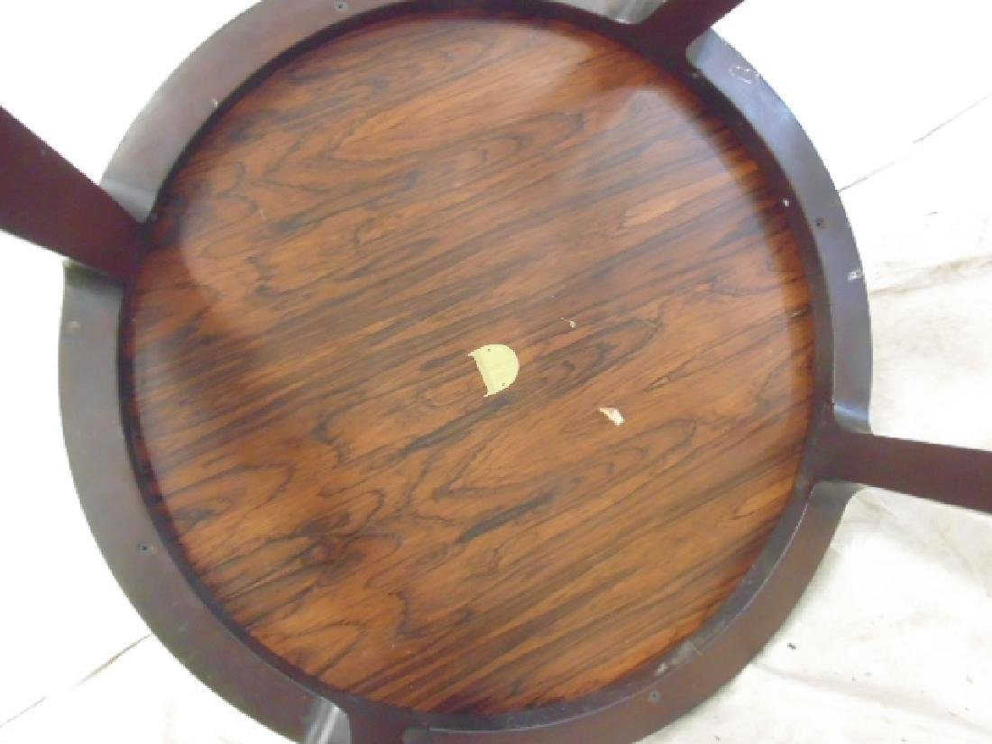 Round Mid Century side table by Dunbar - 5