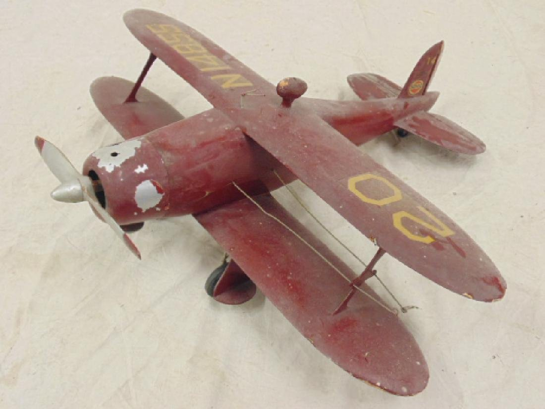 2 model airplanes,  biplane with engine - 3