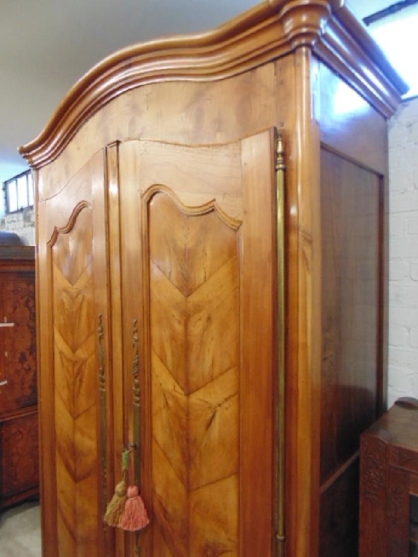 French armoire, double door, veneer paneled - 3